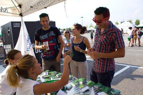"Heineken Jammin' Festival 2012: grande successo per ""Operazione Gratta la Risposta"" 48 Heineken Jammin' Festival 2012: grande successo per ""Operazione Gratta la Risposta"""