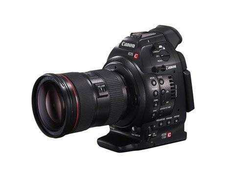 EOS 100C FSL w EF 24 70mm - Canon EOS C100: qualità e flessibilità professionali per ogni videomaker