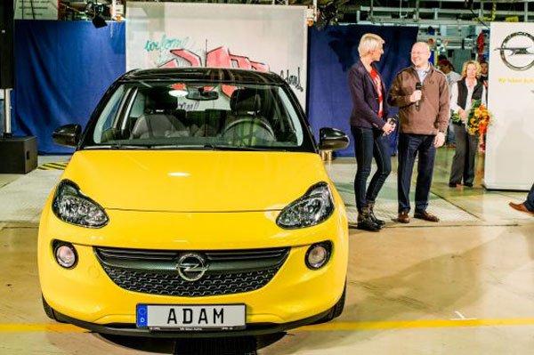 """Avvio ufficiale della produzione di Opel ADAM: Lifestyle e innovazioni """"Made in Eisenach"""" 29 Avvio ufficiale della produzione di Opel ADAM: Lifestyle e innovazioni """"Made in Eisenach"""""""