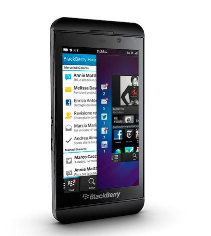 Lanciato in Italia il nuovo smartphone BlackBerry Z10 7 Lanciato in Italia il nuovo smartphone BlackBerry Z10
