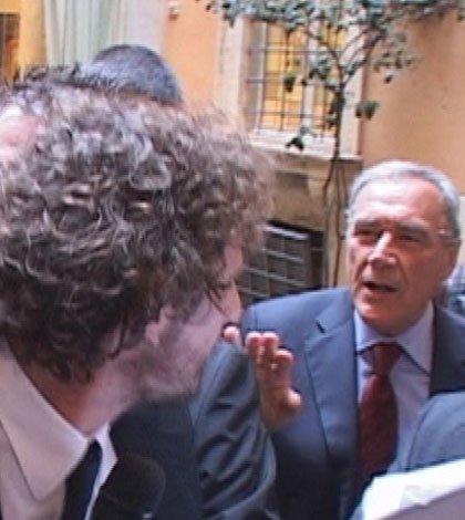 """Pietro Grasso a Le Iene: """"Ho chiesto gli atti di Palazzo Toniolo"""""""