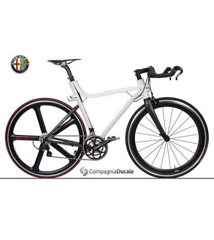 130924 AR Bici 4C 04 - Alfa Romeo presenta l'esclusiva bicicletta 4C IFD