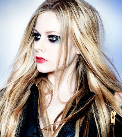 Avril Lavigne: nel nuovo album Marilyn Manson e Chad Kroeger 40 Avril Lavigne: nel nuovo album Marilyn Manson e Chad Kroeger