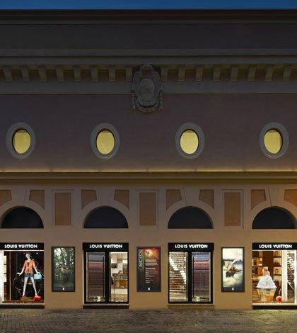 """Louis Vuitton Roma Etoile facade 1 - Spazio Etoile Louis Vuitton presenta """"Alberto Sordi"""""""