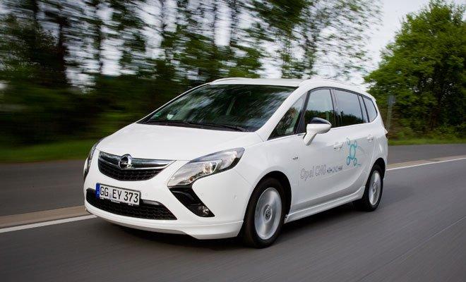 Opel Zafira Tourer 280172 - Opel Zafira Tourer è la monovolume più ecologica del 2014