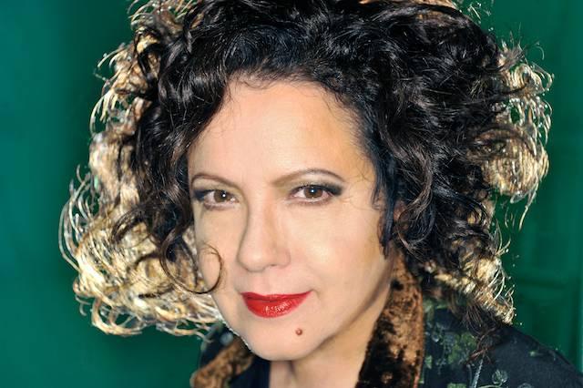 """Antonella Ruggiero: """"Dalle Suore sto da Dio"""" 60 Antonella Ruggiero: """"Dalle Suore sto da Dio"""""""