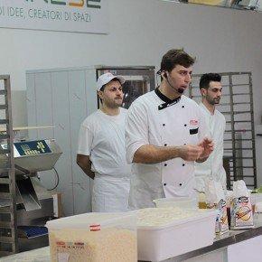 L'evoluzione della Pizza Mediterranea 35 L'evoluzione della Pizza Mediterranea
