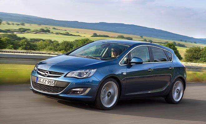 Opel Astra 5 door 278278 1 - Anteprima a Ginevra: La Opel Astra 1.6 CDTI consuma solo 3,7 litri di carburante