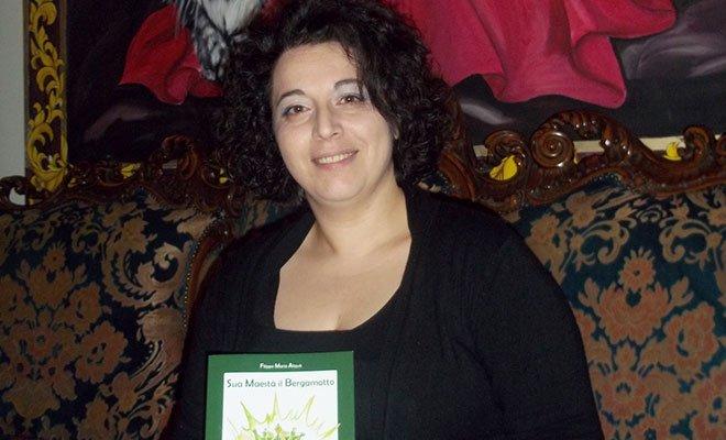 """Gisella Nania: """"Le mie vignette a servizio del Bergamotto"""" 30 Gisella Nania: """"Le mie vignette a servizio del Bergamotto"""""""