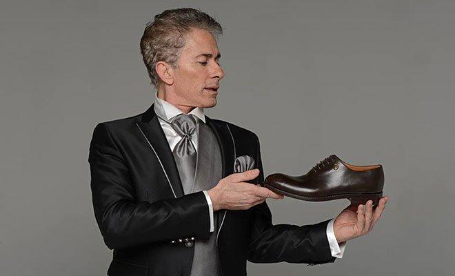 Generoso Vacchiano: Raffaele Paganini è il testimonial della sua linea di scarpe 40 Generoso Vacchiano: Raffaele Paganini è il testimonial della sua linea di scarpe