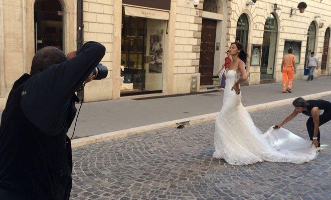 Fabrizio Ferri: scatti inediti di Bianca Balti a Roma 10 Fabrizio Ferri: scatti inediti di Bianca Balti a Roma