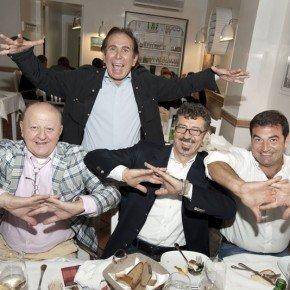 Bonolis, Morise, Santarelli, Calabretta e tanti altri vip omaggiano il ristorante Strabbioni di Roma 42 Bonolis, Morise, Santarelli, Calabretta e tanti altri vip omaggiano il ristorante Strabbioni di Roma