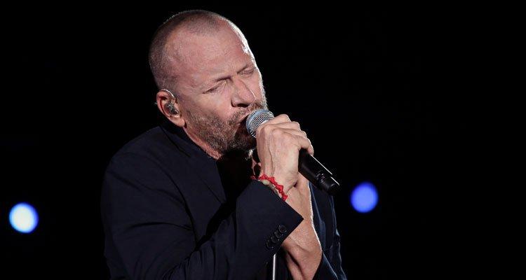 """Biagio Antonacci, esce il nuovo singolo """"Ho la musica nel cuore"""" 44 Biagio Antonacci, esce il nuovo singolo """"Ho la musica nel cuore"""""""
