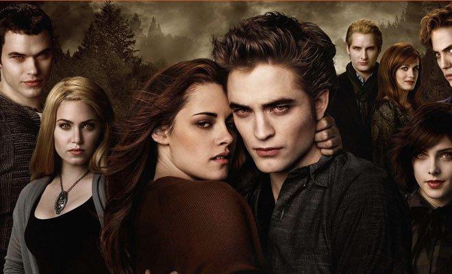 """Canale 5: Epifania con la prima tv di """"Twilight – Breaking Dawn"""" 31 Canale 5: Epifania con la prima tv di """"Twilight – Breaking Dawn"""""""