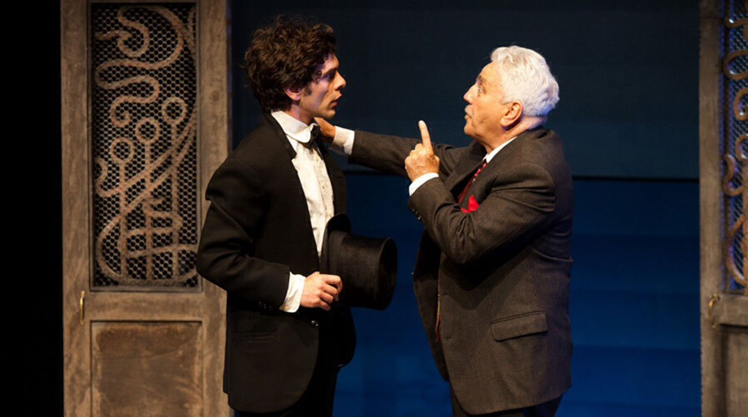 Giovanni Anzaldo con America di Kafka al teatro Menotti di Milano 6 Giovanni Anzaldo con America di Kafka al teatro Menotti di Milano