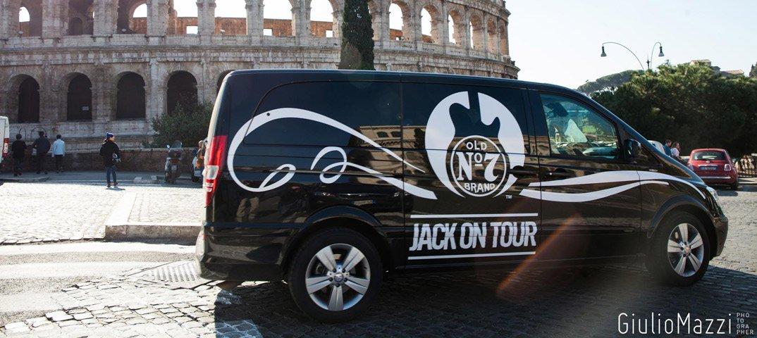 Su Dmax il viaggio in musica di Jack Daniel's 42 Su Dmax il viaggio in musica di Jack Daniel's