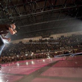 Biagio Antonacci incanta la Puglia. Le foto del concerto 25 Biagio Antonacci incanta la Puglia. Le foto del concerto