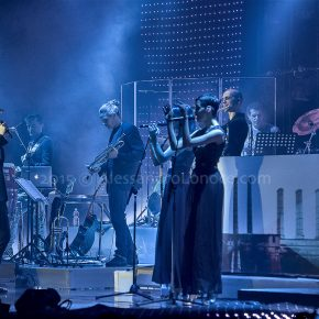 Mario Biondi Live 2015: le foto del concerto di Bari 19 Mario Biondi Live 2015: le foto del concerto di Bari