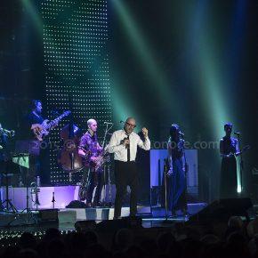 Mario Biondi Live 2015: le foto del concerto di Bari 12 Mario Biondi Live 2015: le foto del concerto di Bari