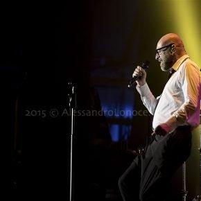 Mario Biondi Live 2015: le foto del concerto di Bari 11 Mario Biondi Live 2015: le foto del concerto di Bari