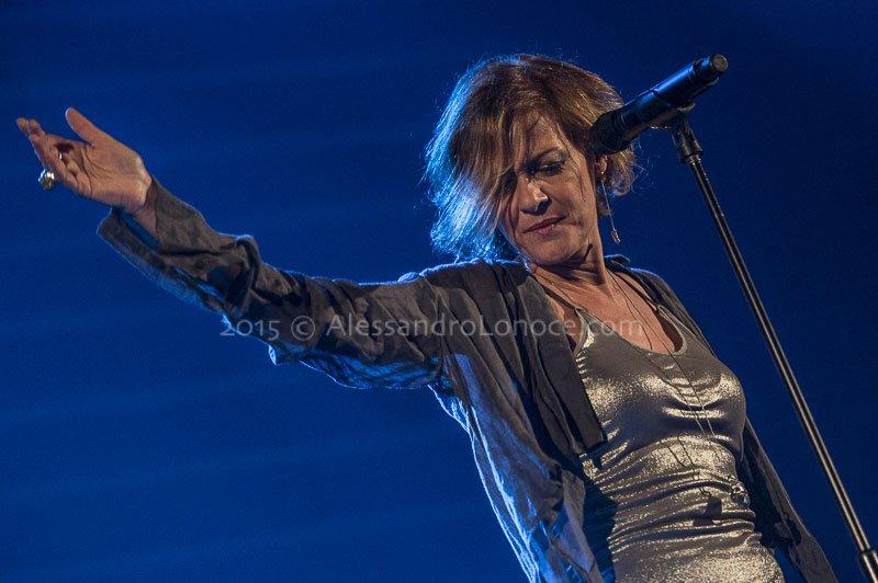 Irene grandi le foto del concerto di bari life style blog for Grandi arredi bari