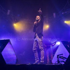"""Nesli in concerto a Bari nel suo """"Andrà tutto bene Tour 2015"""" 71 Nesli in concerto a Bari nel suo """"Andrà tutto bene Tour 2015"""""""