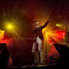 """Nesli in concerto a Bari nel suo """"Andrà tutto bene Tour 2015"""" 60 Nesli in concerto a Bari nel suo """"Andrà tutto bene Tour 2015"""""""