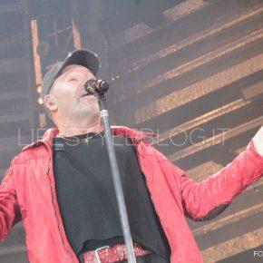 Vasco Live Kom 015: le foto del concerto di Bari 55 Vasco Live Kom 015: le foto del concerto di Bari