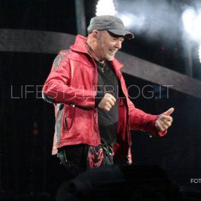Vasco Live Kom 015: le foto del concerto di Bari 60 Vasco Live Kom 015: le foto del concerto di Bari
