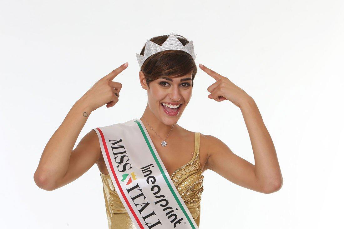 Miss Italia 2015 è Alice Sabatini  3dec65b96d43