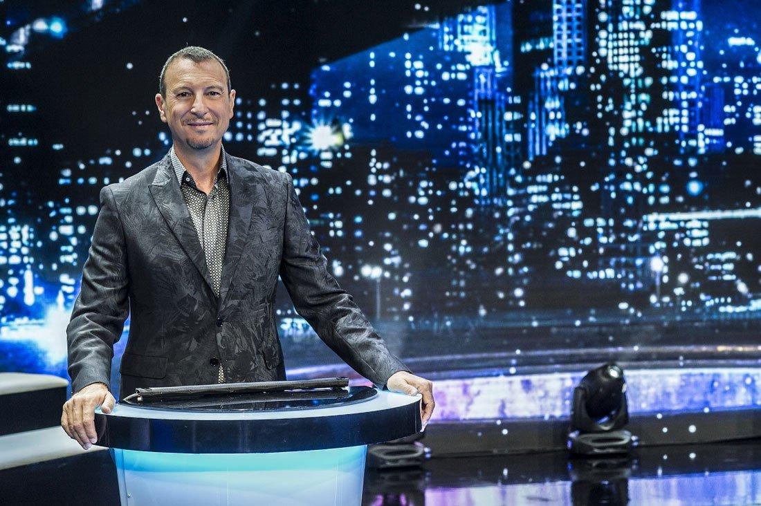 "Amadeus Stasera - RAI 2: Amadeus conduce ""Stasera tutto è possibile"""