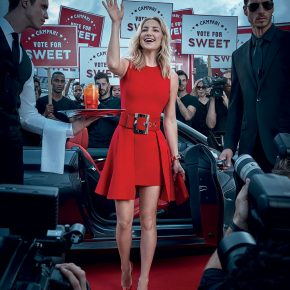 Svelato a New York l'iconico Calendario CAMPARI 2016. Protagonista Kate Hudson 10 Svelato a New York l'iconico Calendario CAMPARI 2016. Protagonista Kate Hudson