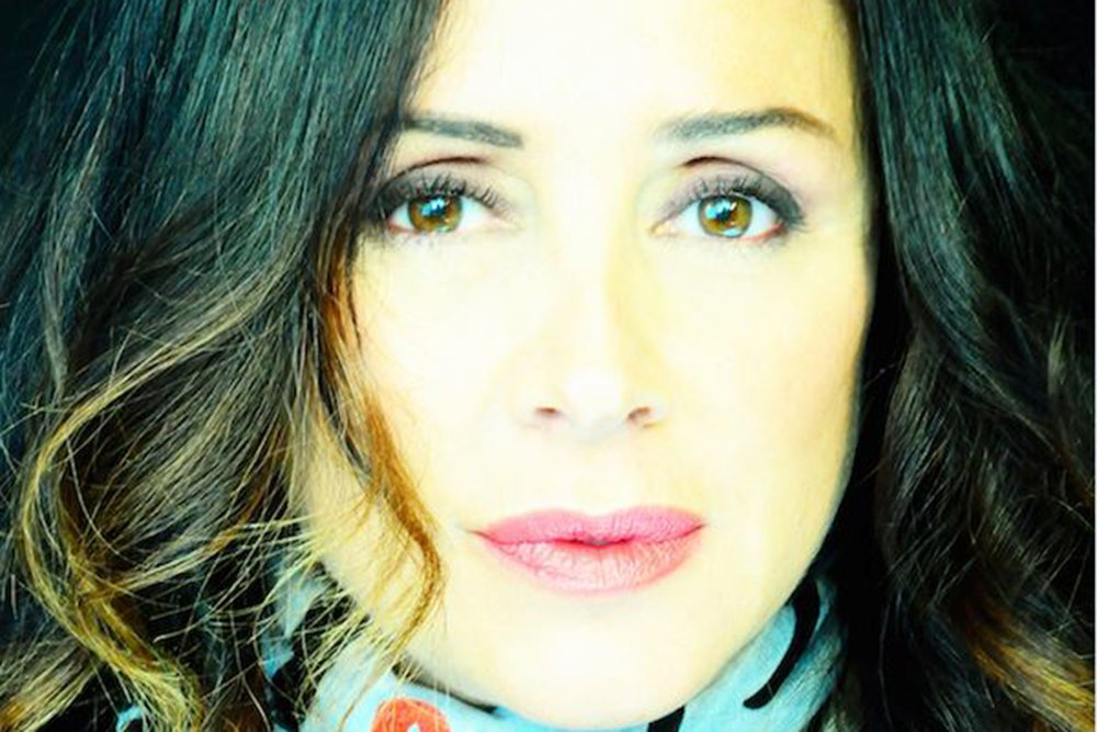 """foto Gabriella Labate Riefoli - Gabriella Labate Riefoli presenta il suo primo romanzo """"La Gonna Bruciata"""""""