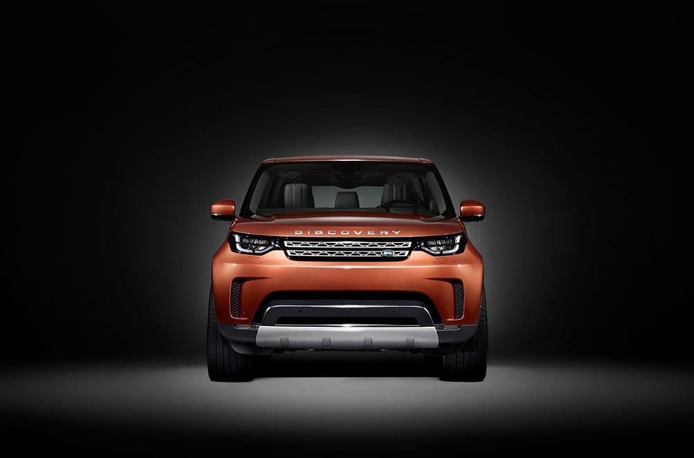 Nuova Land Rover Discovery: prime immagini ufficiali