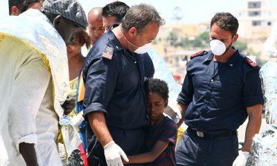 Lampedusa, su Rai 1 la miniserie con Claudio Amendola e Carolina Crescentini 16 Lampedusa, su Rai 1 la miniserie con Claudio Amendola e Carolina Crescentini
