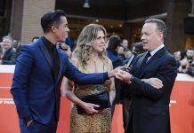 Livio Beshir con Tom Hanks e la moglie Rita Wilson Foto Davide Barbaro