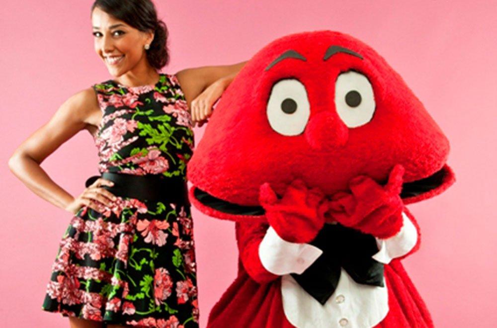 Gabibbo e Juliana Moreira