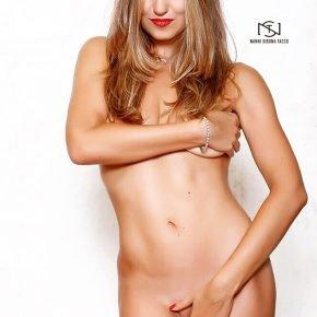 Aurora Marchesani, la modella glamour che ha conquistato il mondo 10 Aurora Marchesani, la modella glamour che ha conquistato il mondo