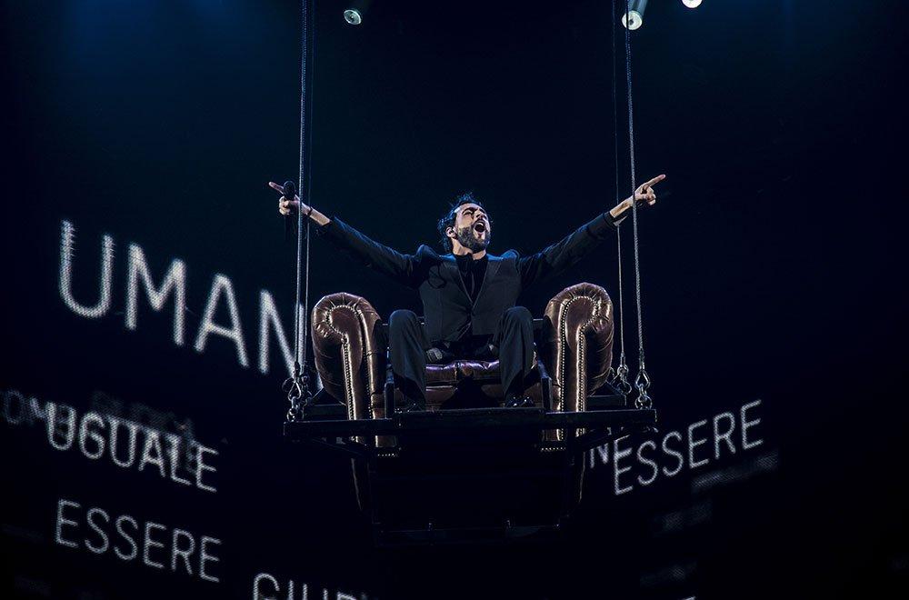 """Marco Mengoni, quarto disco di platino per """"Le cose che non ho"""" 34 Marco Mengoni, quarto disco di platino per """"Le cose che non ho"""""""