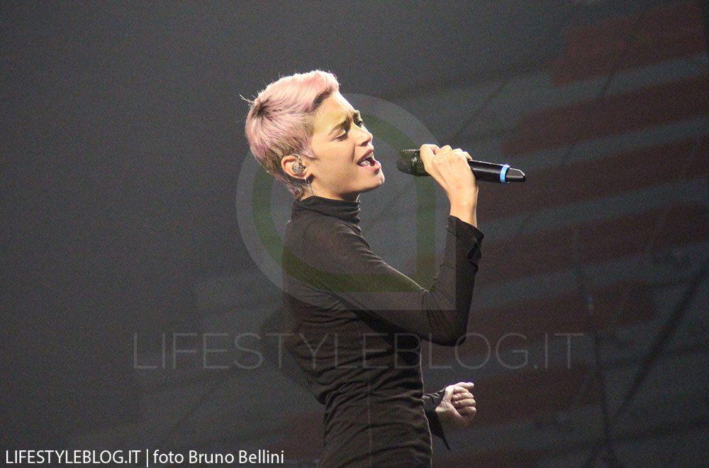 Gossip, Emma Marrone scoppia di gioia: per Elodie a Sanremo festa