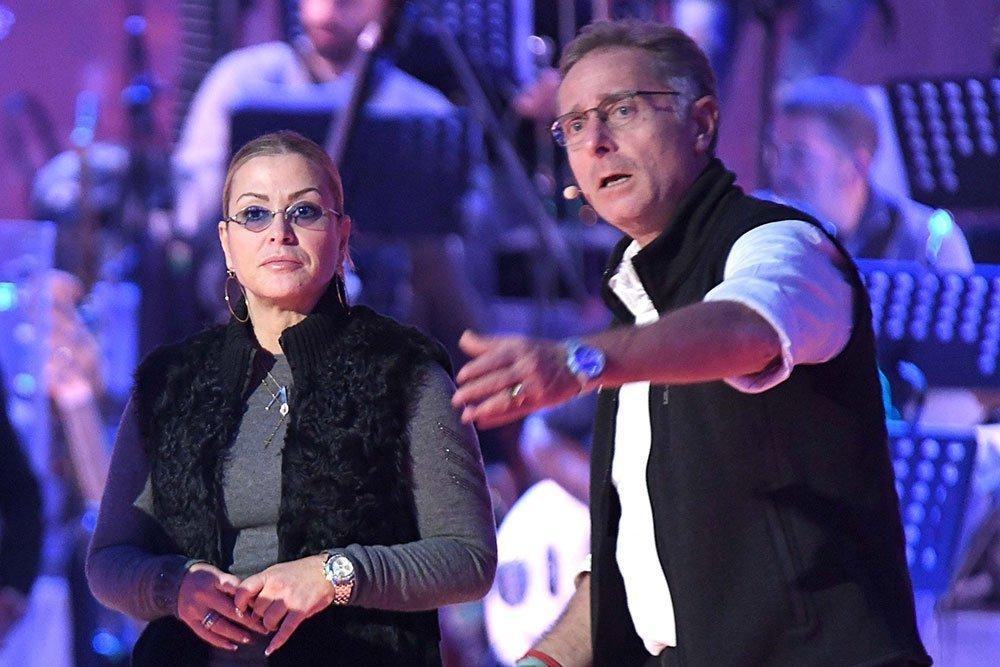 ANASTACIA PAOLO BONOLIS - Anastacia e Depardieu ospiti di Paolo Bonolis a Music