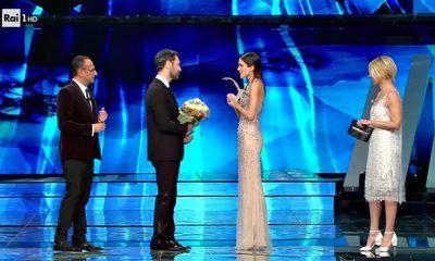 Raoul Bova e Rocío Muñoz Morales a Sanremo2017, un successo più forte di critiche e pettegolezzi 10 Raoul Bova e Rocío Muñoz Morales a Sanremo2017, un successo più forte di critiche e pettegolezzi