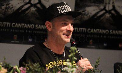 """Clementino: """"Ho un tatuaggio di Pino Daniele sulla schiena"""" 14 Clementino: """"Ho un tatuaggio di Pino Daniele sulla schiena"""""""