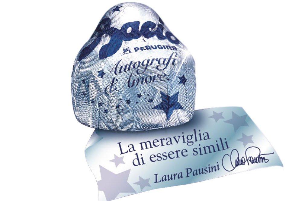 cartiglio autografi damore - San Valentino: Laura Pausini firma i cartigli dei Baci Perugina