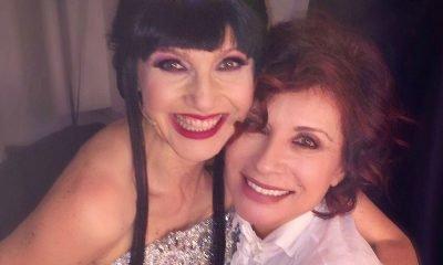 """Alda D'Eusanio promuove il musical """"La regina di ghiaccio"""" con Lorella Cuccarini 17 Alda D'Eusanio promuove il musical """"La regina di ghiaccio"""" con Lorella Cuccarini"""