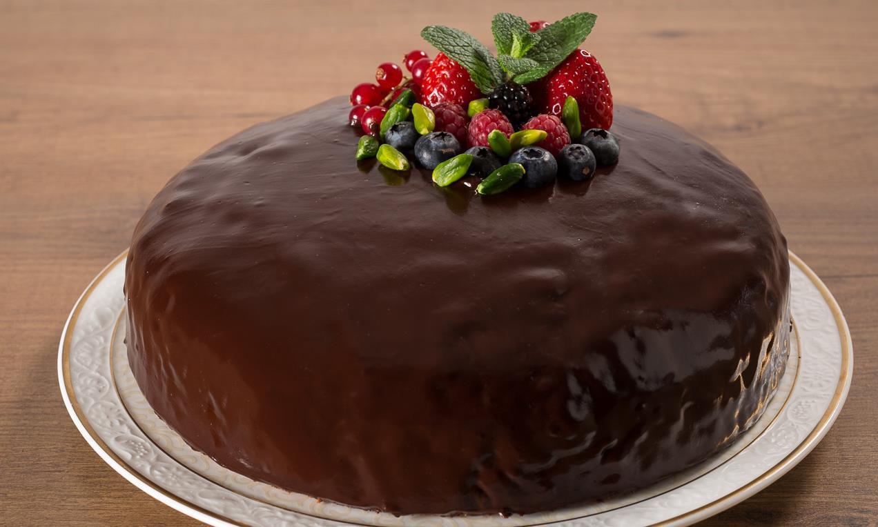 Torta Margherita senza glutine glassata al cioccolato 6 Torta Margherita senza glutine glassata al cioccolato