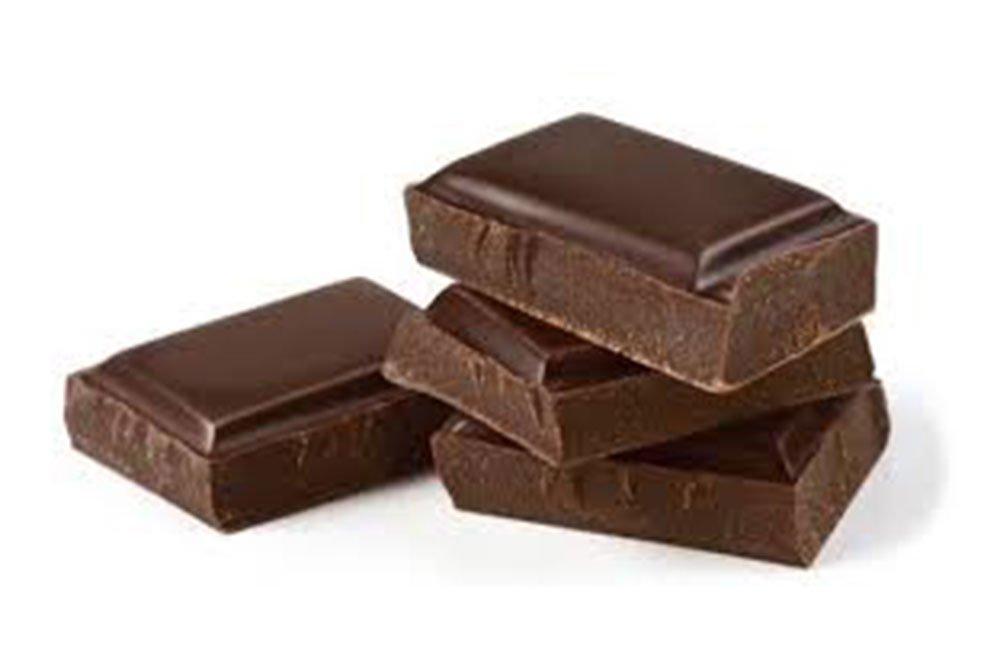cioccolato 1 - Cioccolato: il suo consumo riduce il rischio cardiovascolare