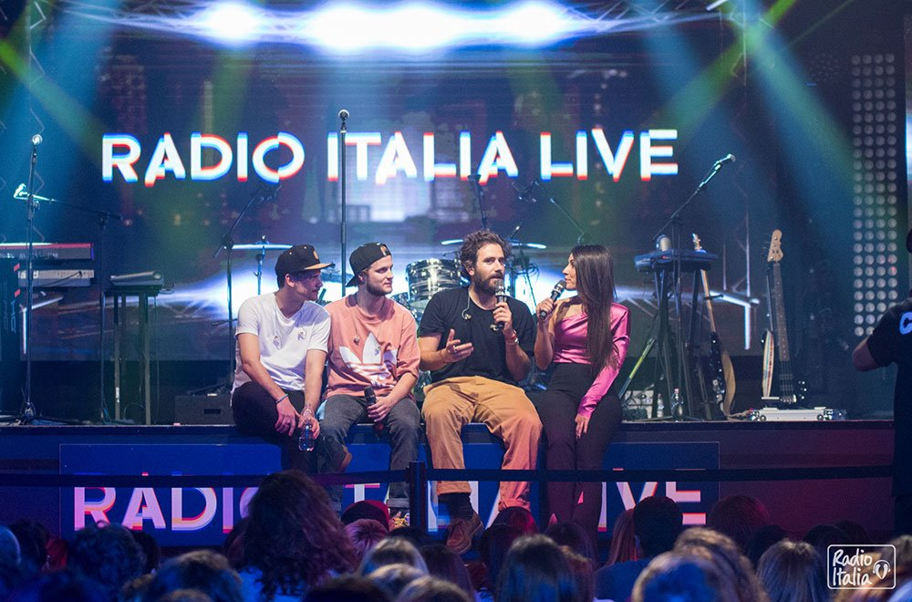 Thegiornalisti a Radio Italia Live 32 Thegiornalisti a Radio Italia Live