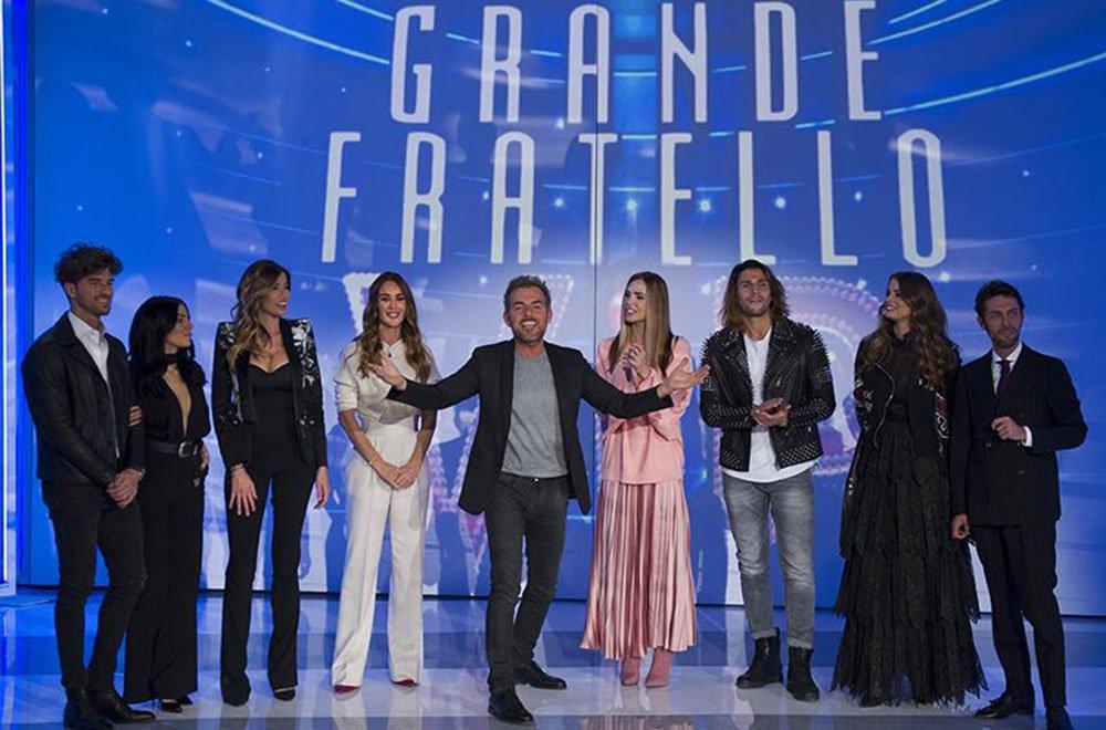 Grande Fratello Vip: Luca, Raffaello, Giulia, Aida ed Ivana di nuovo insieme