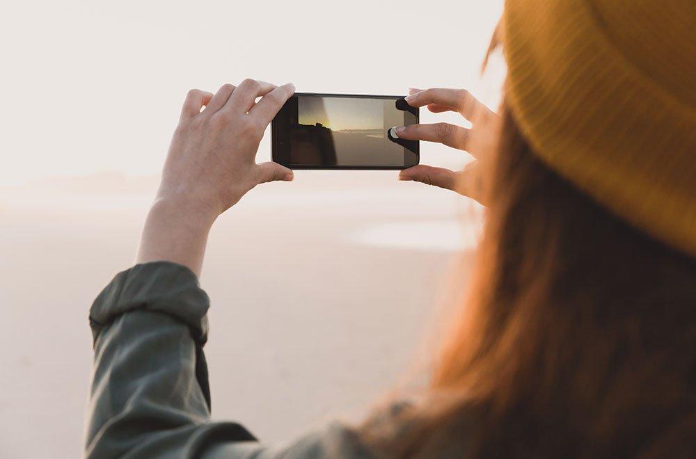 fotocamera smartphone - Instagram, in arrivo i messaggi che si autodistruggono